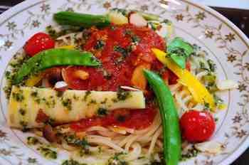 季節の野菜のパスタ.jpg
